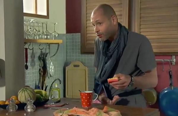 Guillaume prêt à tout pour sauver Jinan : est-il amoureux ?