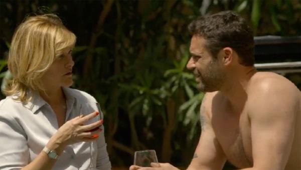 Claire espère qu'Arnaud abandonne sa vengeance contre Belesta