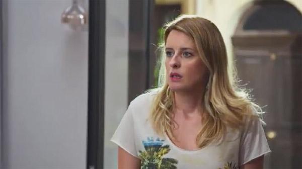 Luna veut rattraper son erreur : croit-elle vraiment que Laetitia est une voleuse?
