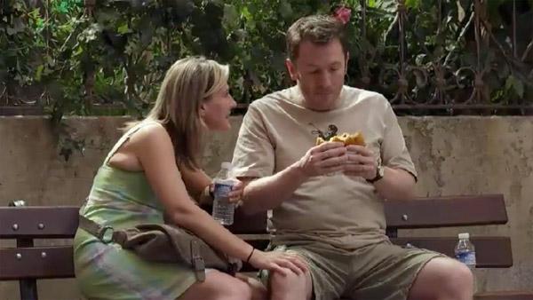 Jérôme a faim, Laetitia est  heureuse de retrouver son petit mari !