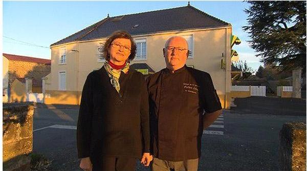 Avis et commentaires sur l'hôtel d'Isabelle et Fabien  de Bienvenue à l'hôtel / Photo TF1