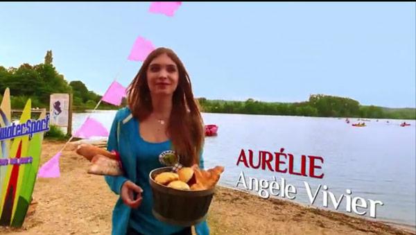 Aurélie la petite soeur de Béné devient donc récurrente dans LMDLA
