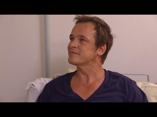 Peter veut qu'Helene soit fier de lui et qu'il ait bien récupéré