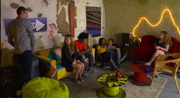 Le nouveau lieu cosy des enfants dans la villa des mystères de l'amour 13