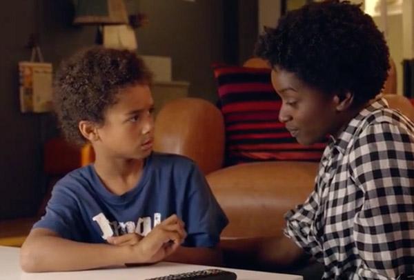 Leo veut bien que son fils appelle son père  dans Nina saison 2 épisode 2 (s2e02)