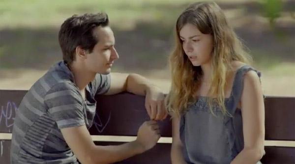 Oceane considère Jonas comme son confident et son amoureux