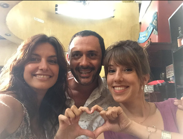 Laetitia Milot avec Barbara et Francesco de Plus belle la vie / Photo twitter laetitia Milot