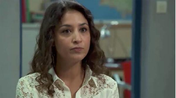 Vanessa interrogée au poste de police par Boher