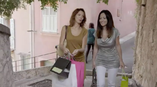 Séance shopping pour Samia et Estelle qui se retrouvent !