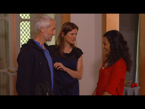 Sarah l'extraterrestre inquiète Laly