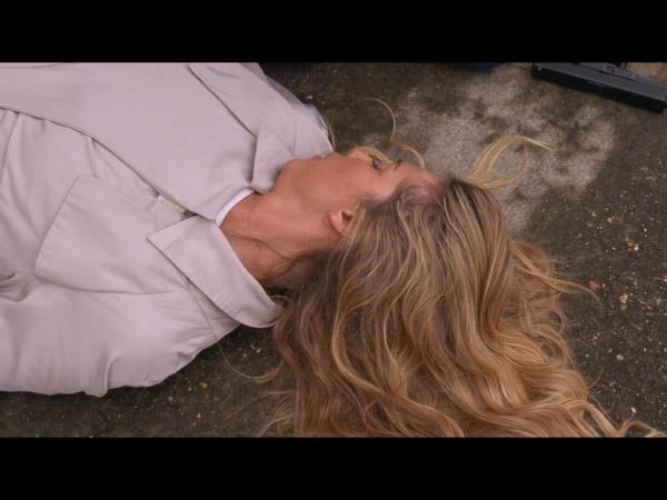 Hélène morte ? ... dans LMDLA 13x10 Laly a une vision, Hélène est morte