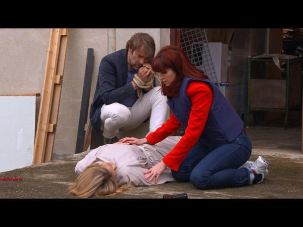 Hélène victime des ravisseurs : va-t-elle s'en sortir ?