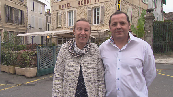 Vos avis et commentaires sur Muriel et Manuel dans Bienvenue à l'hôtel avec leur adresse / Photo TF1