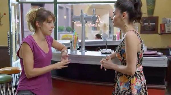 Barbara et Sabrina travaillent, elles ont oublié la crémaill!re