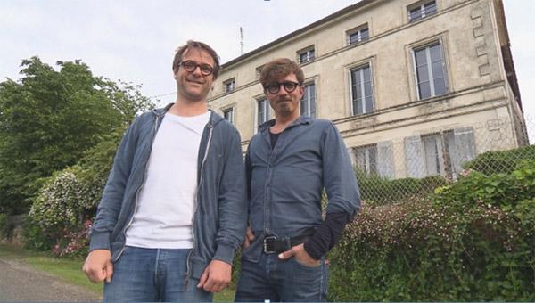 Les avis et commentaires de la maison de Samuel et Axel dans Bienvenue chez nous / Photo TF1