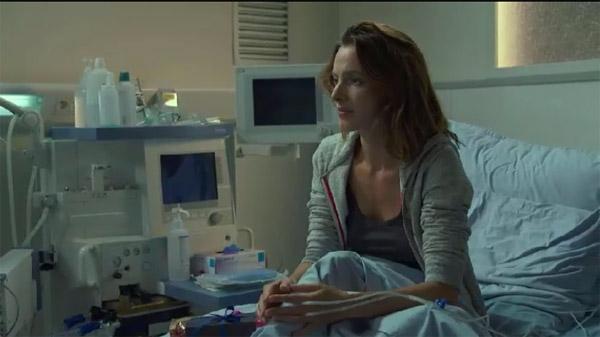 Estelle trop inquiète pour Djawad : elle quitte l'hôpital en douce...