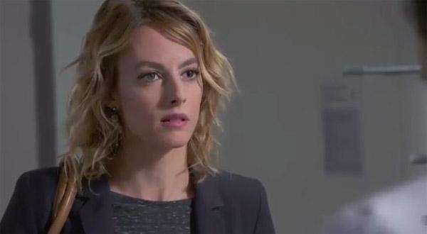 Coralie pense que Berger se sert de Blanche pour la rendre jalouse : mais est-il amoureux ?