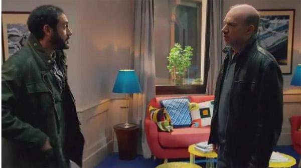 Leo interroge Francesco sur sa soirée quand il était ivre