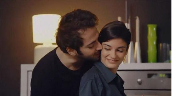 Sabrina et Julien sont heureux ensemble