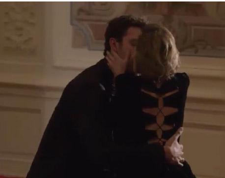 Francesco voit Mitia embrassait la femme : va-t-il tout dire à Barbara ?