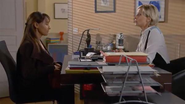 Jinan demande le divorce et l'aide de Céline