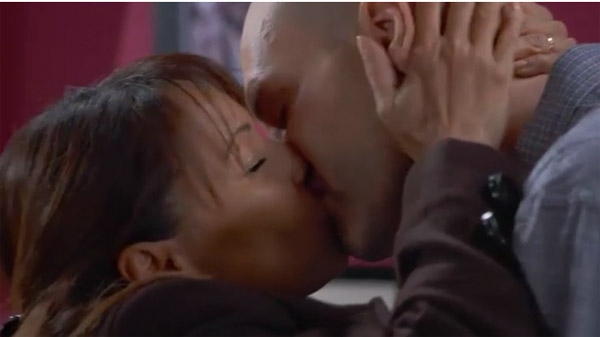 Jinan et Guillaume s'embrassent enfin #PBLV