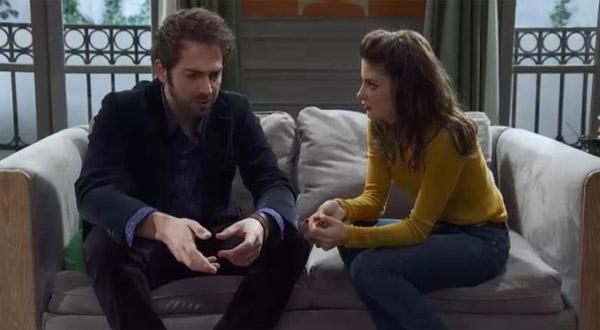 Julien sur le choc quand il apprend que sa mère a couché avec Mitia et Cyril