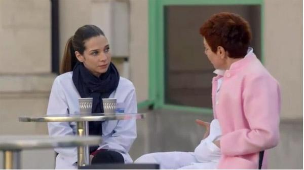 Babeth et Léa espèrent que Valentin va accepter l'école des beaux arts