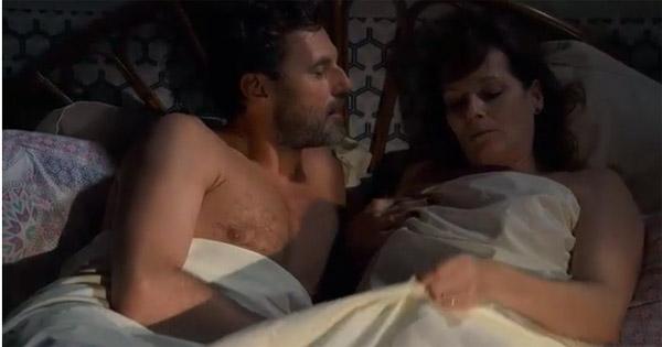 Blanche et Nicolas couchent ensemble et tout va bien.
