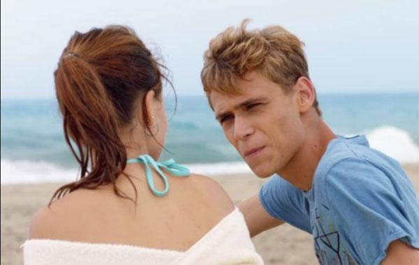 sodomie a la plage elle veut baiser