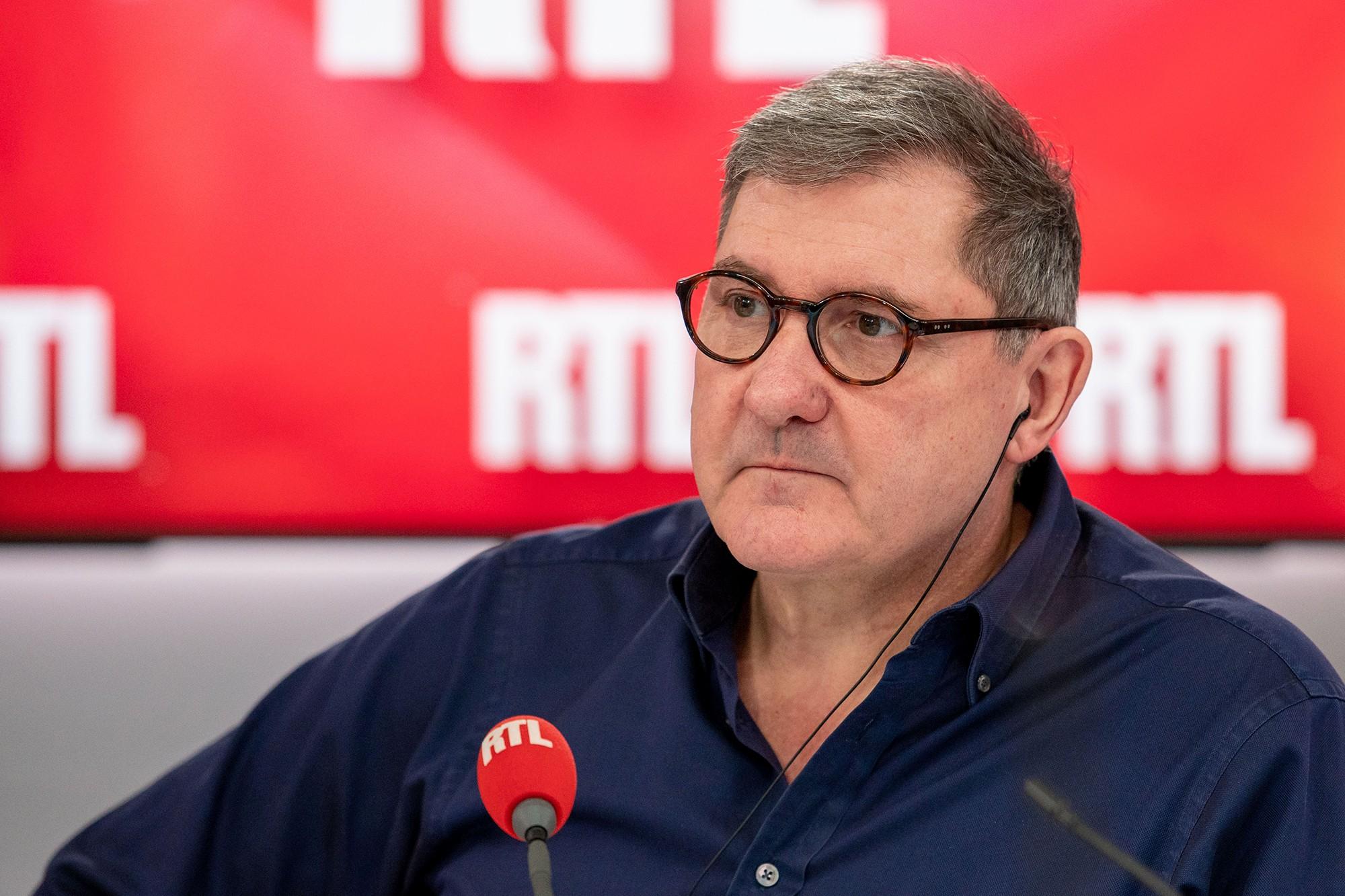 Yves Calvi matinalier RTL