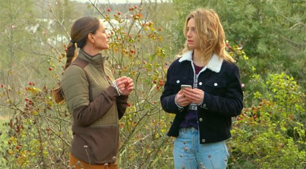 Ingrid et Lou dans Les mystères de l'amour